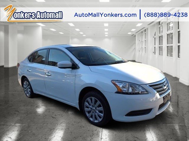 2014 Nissan Sentra SV Aspen WhiteCharcoal V4 18 L Variable 42441 miles 1 owner clean carfax