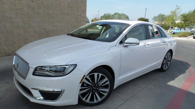 2017 Lincoln MKZ Reserve WhiteUG V4 20 L Automatic 202 miles Lincoln went above and beyond to
