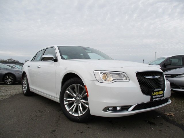 2017 Chrysler 300 300C Bright White ClearcoatBlack V8 57 L Automatic 11 miles  BRIGHT WHITE C