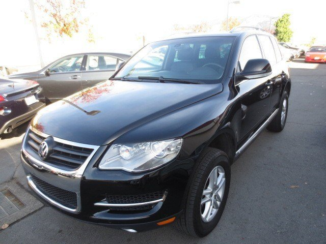 2008 Volkswagen Touareg 2 V6 Black UniAnthracite V6 36L Automatic 41395 miles LOCAL TRADE LOW