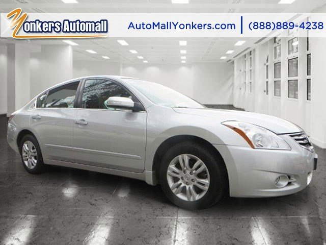 2012 Nissan Altima 25 SL Navy Blue MetallicCharcoal V4 25L Variable 38695 miles 1 owner clea