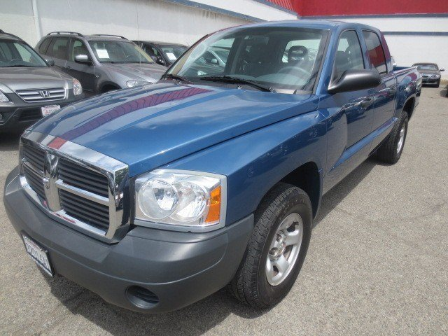 2005 Dodge Dakota ST Patriot Blue PearlMed Slate Gray V6 37L Automatic 61521 miles 1-Owner Lo