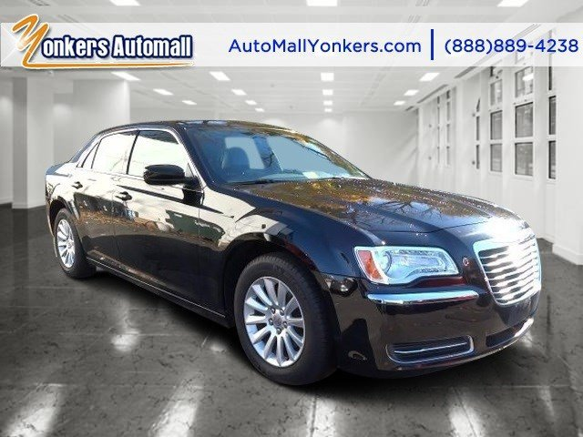 2014 Chrysler 300 Gloss BlackBlack V6 36 L Automatic 26051 miles Solid and stately this 2014