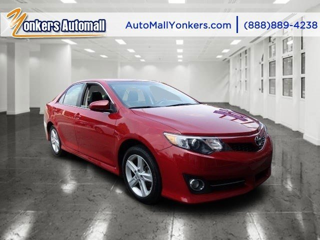 2014 Toyota Camry L Barcelona Red MetallicBlackAsh 2-Tone V4 25 L Automatic 41431 miles 1 ow