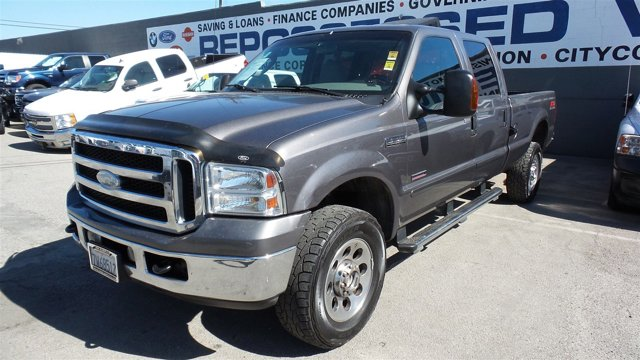 2006 Ford Super Duty F-350 SRW GrayGray V8 60L Automatic 216400 miles Deal PendingChoose f