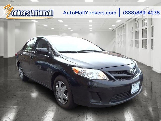 2011 Toyota Corolla LE Black Sand PearlGray V4 18L Automatic 44765 miles Clean carfax MINT