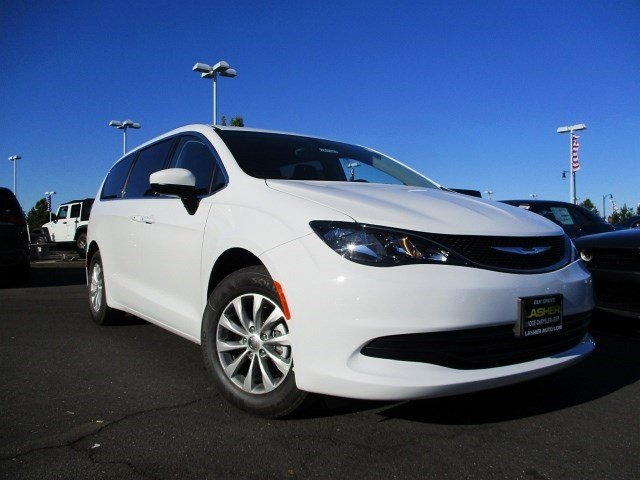 2017 Chrysler Pacifica Touring Bright White ClearcoatBlackAlloy V6 36 L Automatic 16 miles F