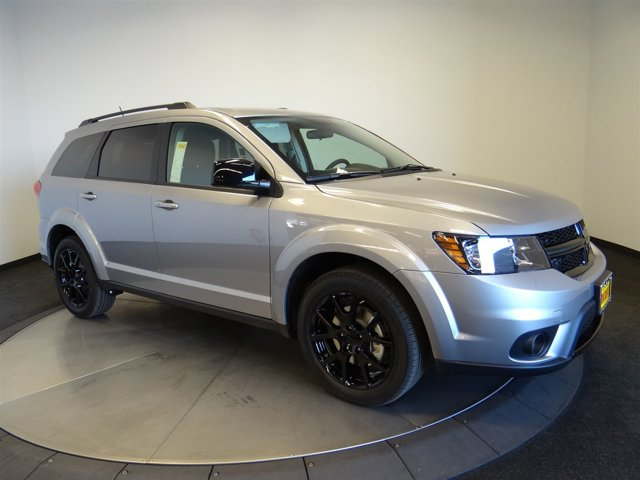 2017 Dodge Journey SXT Billet ClearcoatE7X9 V6 36 L Automatic 2 miles This vehicle wont be o