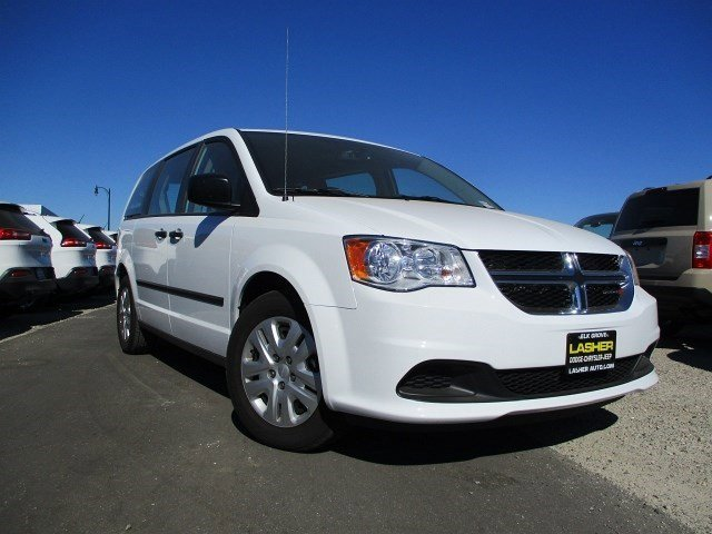 2016 Dodge Grand Caravan SE Bright White Clearcoat V6 36 L Automatic 3936 miles  BRIGHT WHITE
