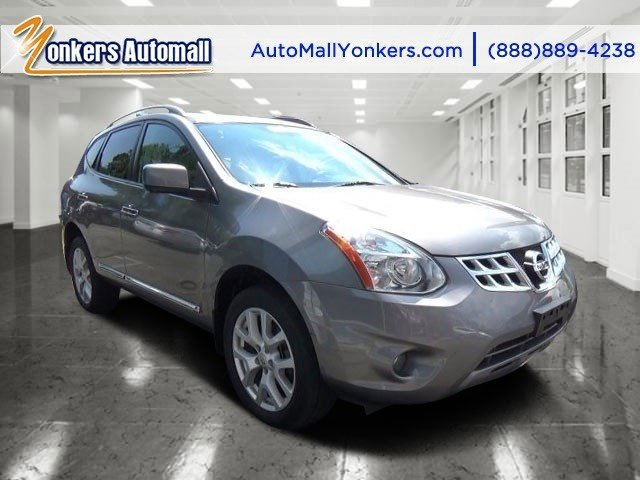 2013 Nissan Rogue SL Brilliant SilverBlack V4 25L Automatic 27749 miles 1 owner clean carfax