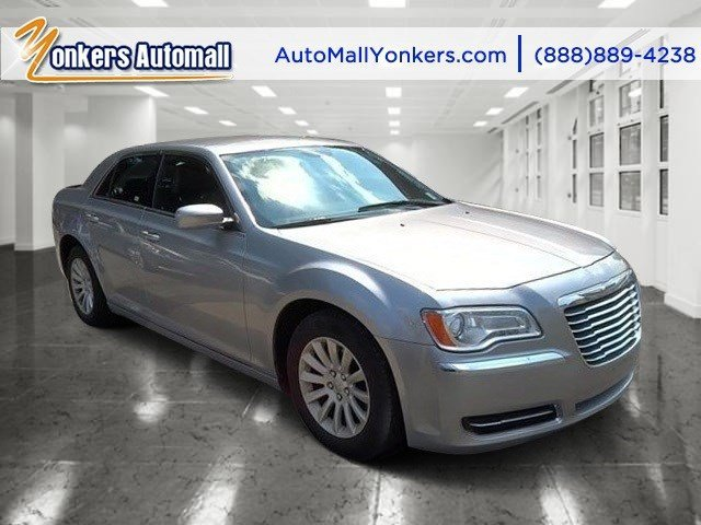 2014 Chrysler 300 Billet Silver Metallic ClearcoatBlack V6 36 L Automatic 37935 miles Yonkers