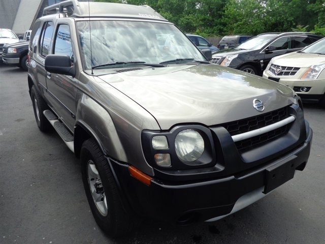 2004 Nissan Xterra XE Granite MetallicGray V6 33L Automatic 169135 miles  Four Wheel Drive