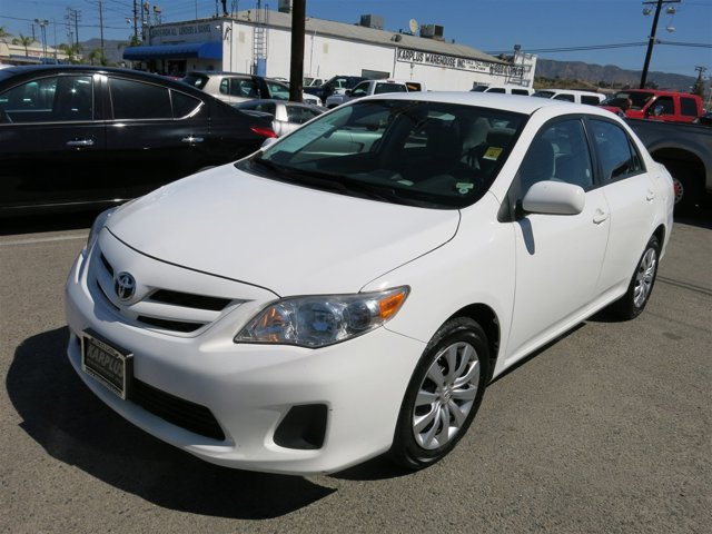 2012 Toyota Corolla Super White V4 18L  54610 miles Deal PendingChoose from our wide range