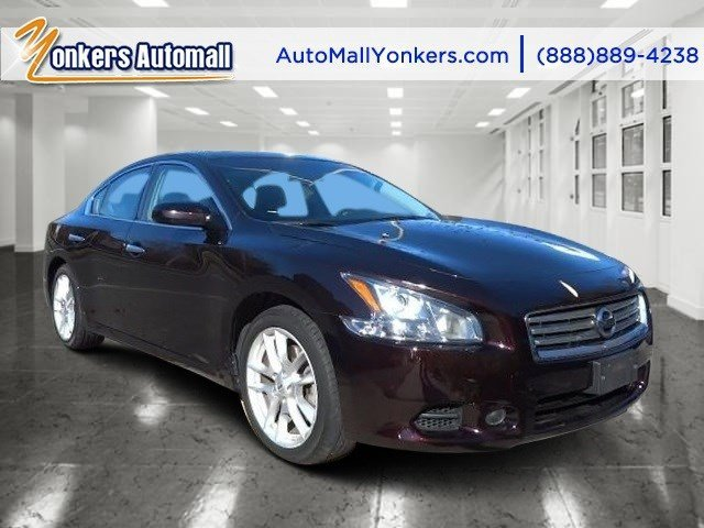 2013 Nissan Maxima 35 SV Crimson Black MetallicCharcoal V6 35L Variable 37436 miles  K01 S