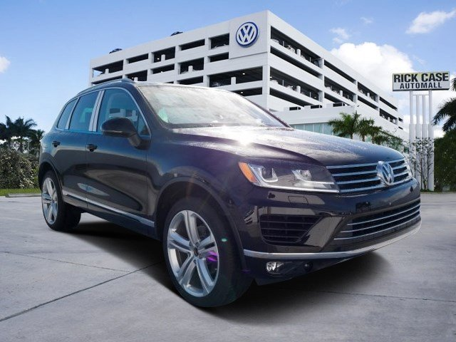 2017 Volkswagen Touareg Executive BlackBE V6 36 L Automatic 10 miles The 2017 Volkswagen Toua