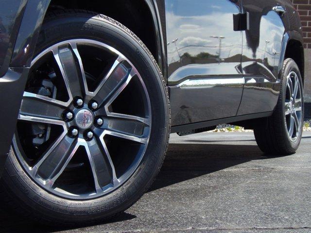 2017 GMC Acadia Denali Iridium MetallicJT BLK PERF LTH V6 36L Automatic 5194 miles Introducin