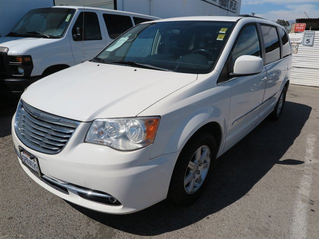2011 Chrysler Town  Country Touring Stone White V6 36L Automatic 81642 miles Deal Pending