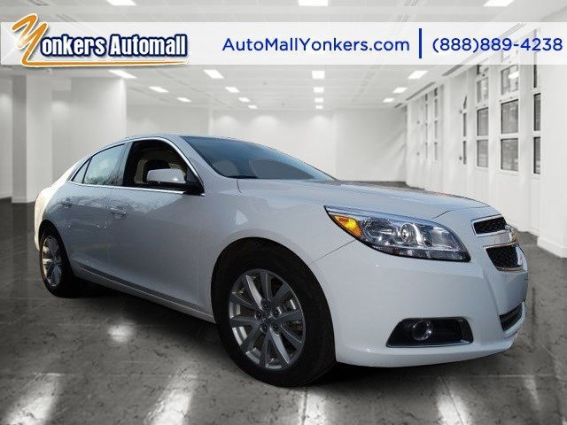 2013 Chevrolet Malibu LT Summit WhiteJet Black V4 25L Automatic 44462 miles  AUDIO SYSTEM AM