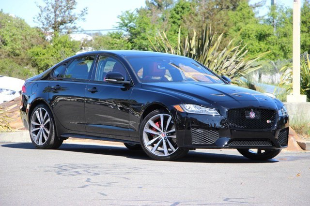 2016 Jaguar XF S EbonyJETRED DUOTONE V6 30 L Automatic 286 miles Boasts 30 Highway MPG and 2