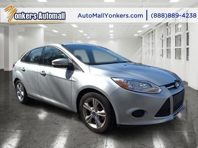 2014 Ford Focus SE Ingot Silver MetallicCharcoal Black V4 20 L Automatic 37072 miles Yonkers