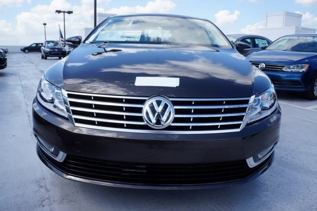 2016 Volkswagen CC Sport BRBlack V4 20 L Automatic 19 miles The Volkswagen CC is known for it