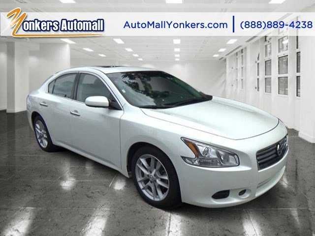 2014 Nissan Maxima 35 SV Pearl WhiteCharcoal V6 35 L Automatic 41198 miles 1 owner clean ca