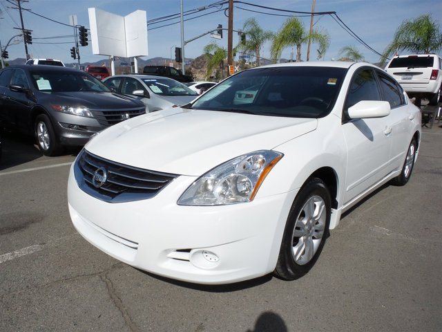 2011 Nissan Altima Hybrid Winter Frost PearlWHITE V4 25L Variable 109110 miles Choose from ou