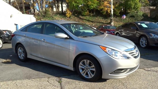 2014 Hyundai Sonata GLS Radiant Silver MetallicGray V4 24 L Automatic 42118 miles 1 owner cl