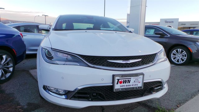 2016 Chrysler 200 C PW7 Bright White Clear CoatBlackDeep Mocha V6 36 L Automatic 14 miles  B