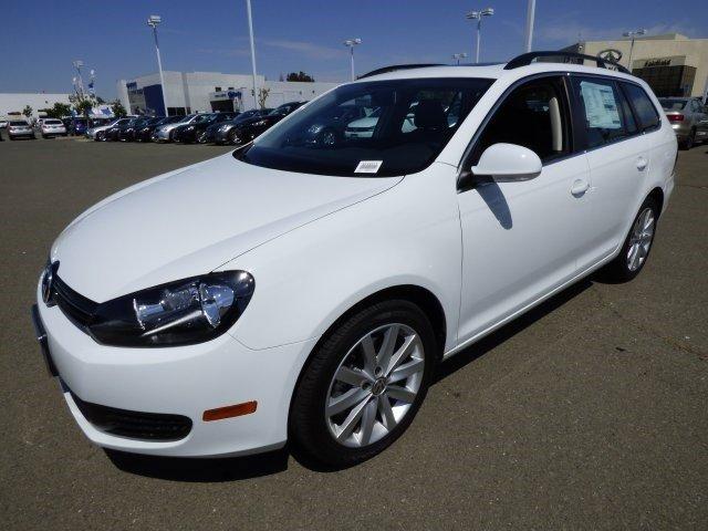 2014 Volkswagen Jetta SportWagen TDI wSunroof Pure WhiteTitan Black V4 20 L Automatic 0 miles