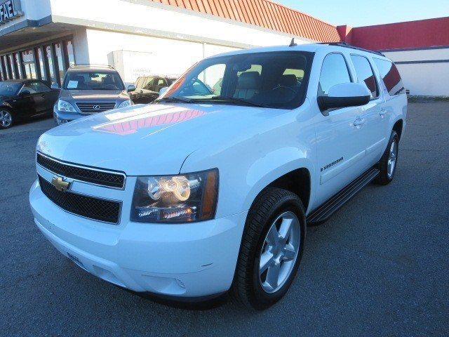 2007 Chevrolet Suburban LTZ Summit WhiteLight Cashmere V8 53L Automatic 123605 miles 1-OWNER