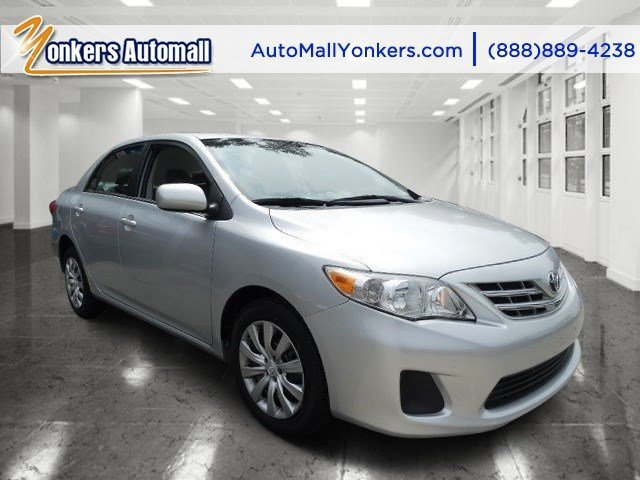 2013 Toyota Corolla LE Classic Silver MetallicBisque V4 18L Automatic 34024 miles 1 owner cl