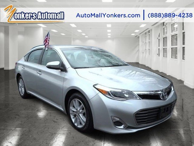 2013 Toyota Avalon XLE Classic Silver MetallicLight Gray V6 35L Automatic 37131 miles Grand a