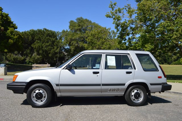 1985 Toyota Tercel Grey V   72000 miles Beautiful original condition rare Toyota Tercel all wh