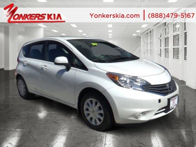 2014 Nissan Versa Note SV Aspen White PearlCharcoal V4 16 L Variable 6757 miles Elegantly exp