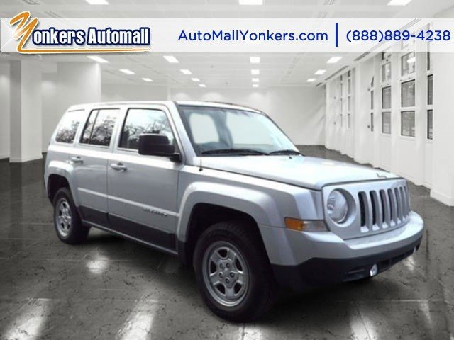 2011 Jeep Patriot Sport Bright Silver MetallicBlack V4 24L Autostick 38330 miles  AIR CONDITIO