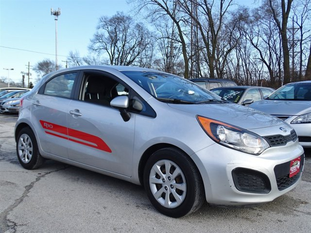 2013 Kia Rio LX Bright Silver V4 16L Automatic 83554 miles Scores 36 Highway MPG and 28 City