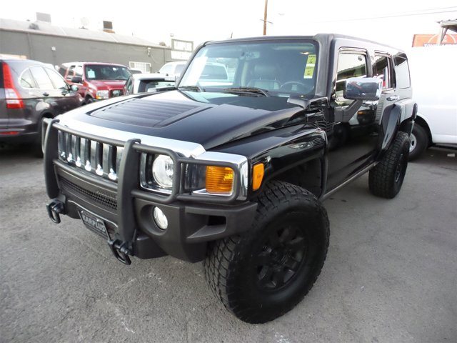 2006 HUMMER H3 BlackBlack V5 35L Automatic 101141 miles Choose from our wide range of over 50