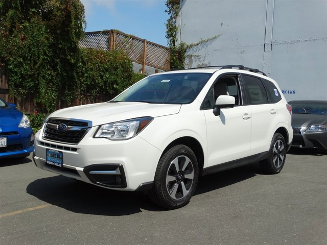 2017 Subaru Forester 25i Premium Crystal White PearlGray V4 25 L Variable 90 miles  All Whee
