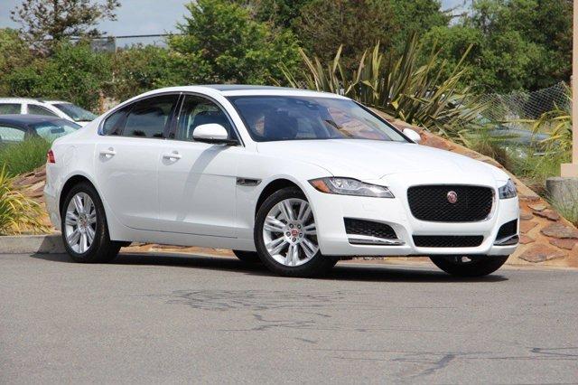 2016 Jaguar XF 35t Premium POLARIS WHITEJETJET TONAL S V6 30 L Automatic 32 miles Scores 30