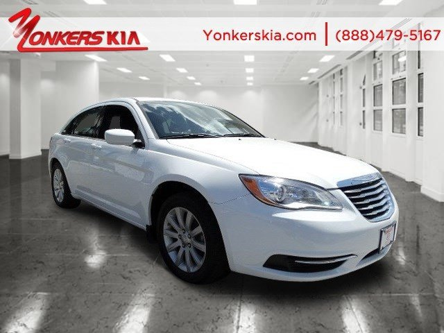 2013 Chrysler 200 Touring Bright WhiteBlack V4 24L Automatic 40854 miles Yonkers Kia is the l
