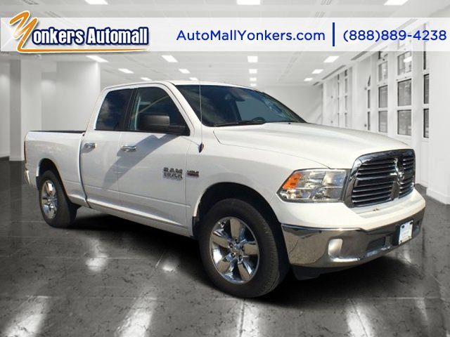 2016 Ram 1500 Big Horn Bright White ClearcoatDiesel GrayBlack V8 57 L Automatic 25104 miles