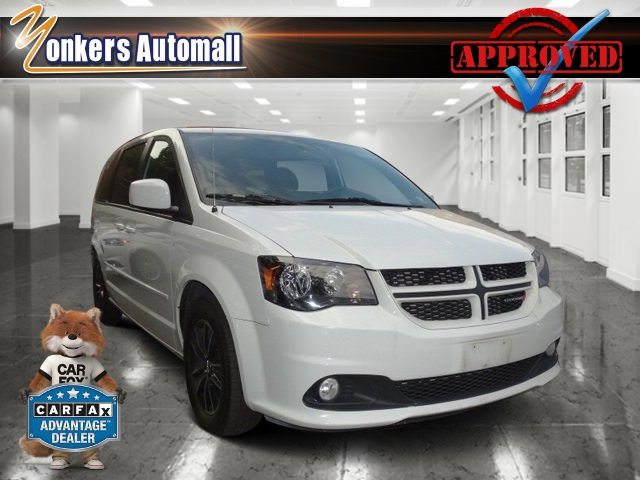 2016 Dodge Grand Caravan RT Bright White ClearcoatBlack V6 36 L Automatic 30622 miles Rearvi