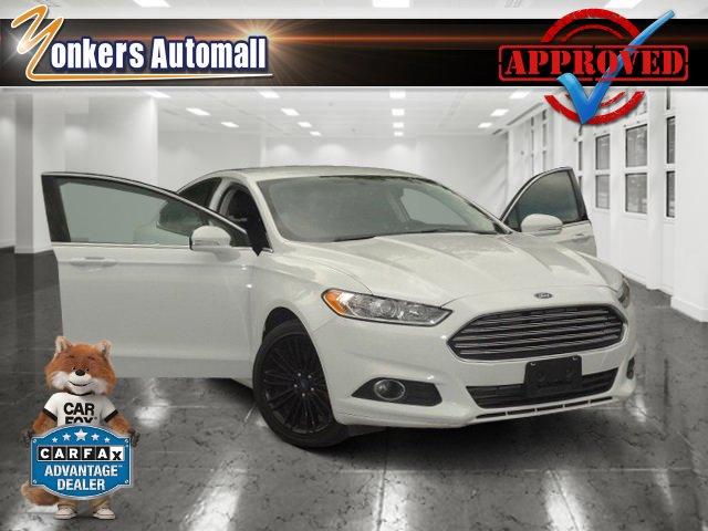 2016 Ford Fusion SE Oxford WhiteEbony V4 20 L Automatic 48071 miles AWD Heated Seats Bluet
