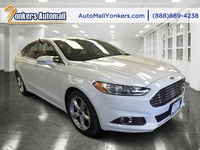 2016 Ford Fusion SE Oxford WhiteCharcoal Black V4 15 L Automatic 31225 miles 1 owner clean c