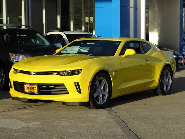 2017 Chevrolet Camaro Bright YellowJet Black V6 36L Manual 0 miles  TECHNOLOGY PACKAGE includ