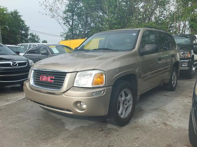 2005 GMC Envoy Gold V6 42L Automatic 89181 miles Only 89 181 Miles Scores 21 Highway MPG an