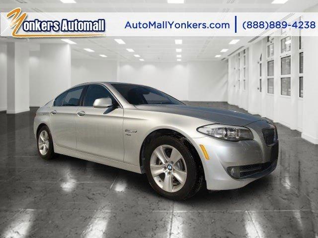 2012 BMW 5 Series 528i xDrive Titanium Silver MetallicBlack V4 20L Automatic 38088 miles  SPOR