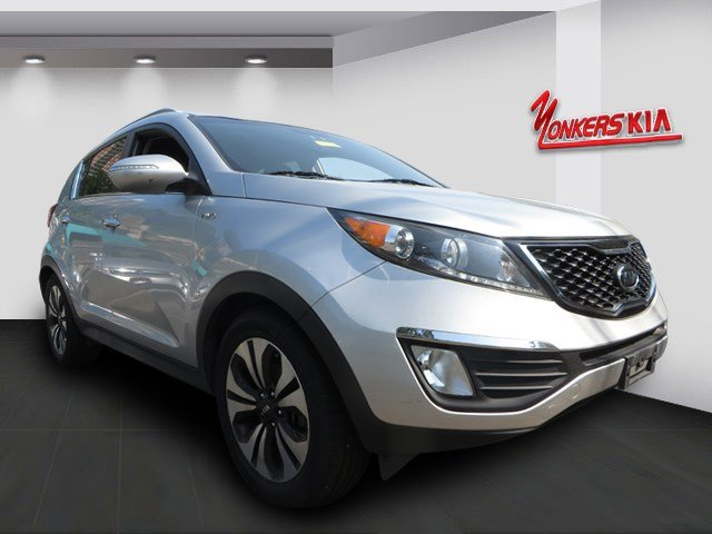 2012 Kia Sportage SX Bright SilverBlack V4 20L Automatic 31657 miles 1 Owner clean carfax S