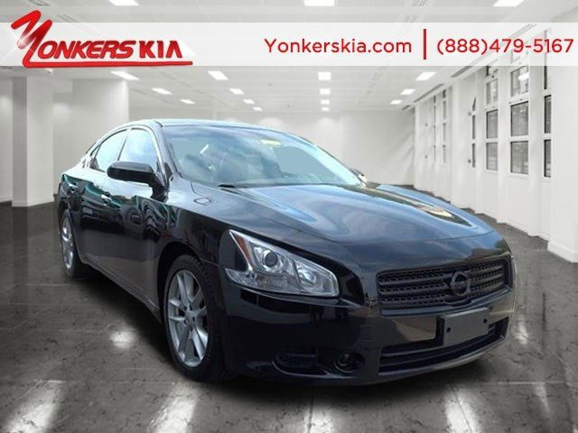 2010 Nissan Maxima 35 S Super BlackCharcoal V6 35L Automatic 80475 miles Yonkers Kia is the